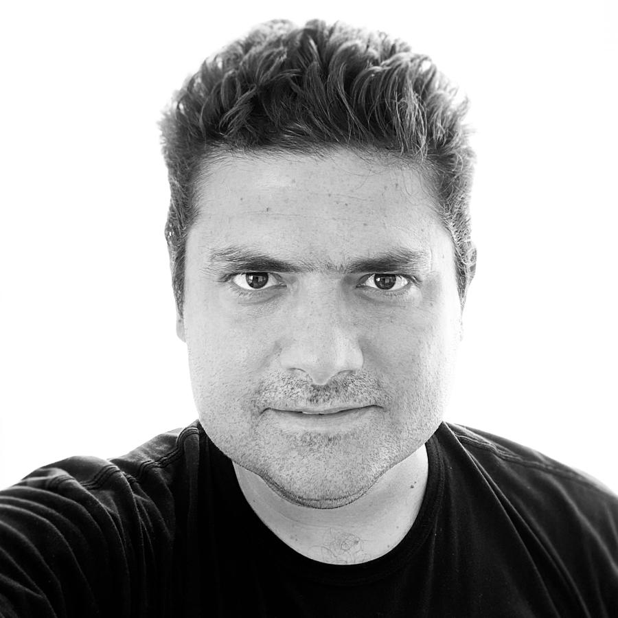 Ricardo Barletta - Starholding